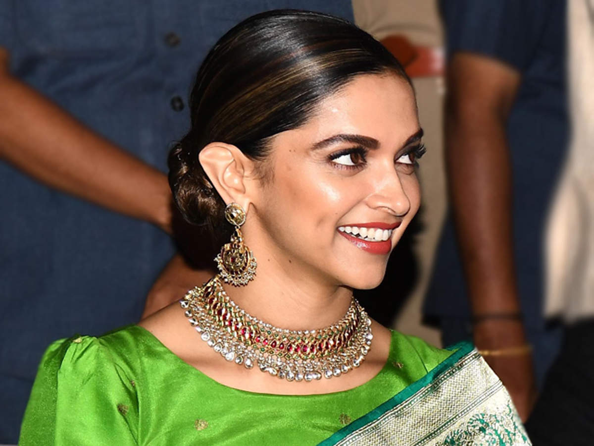 Are you fan of Deepika Padukone? Then pass this quiz ...