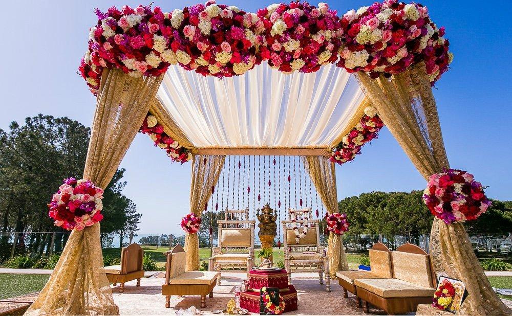 x09-laguna-cliffs-marriott-indian-wedding-photographer-wedding-ceremony-photos.jpg.pagespeed.ic.rEmsy8Zfr7